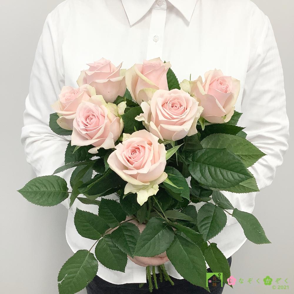 【バラ ピンク】ハウスの中から最もゴージャスなバラをお届け。ソメイユ 7本